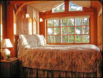 Heather Cabin Queen Bedroom